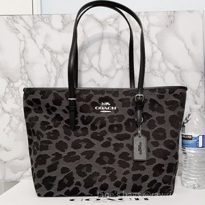 New Coach Leopard Fabric Zip Tote